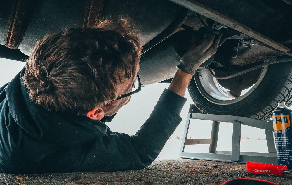 How to negotiate with car insurance adjusters about car total loss